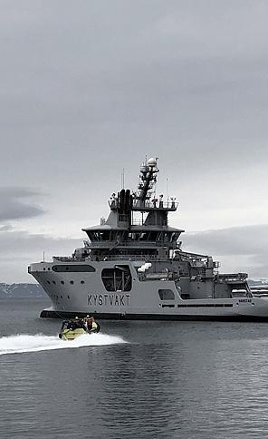"Navy ship ""Svalbard"""